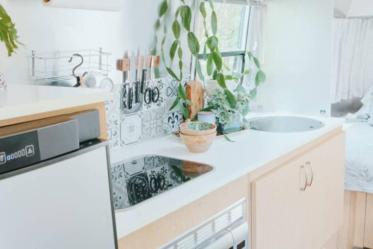 Shabby chic airstream kitchen sink