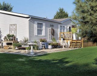 Shabby chic double wide manufactured home