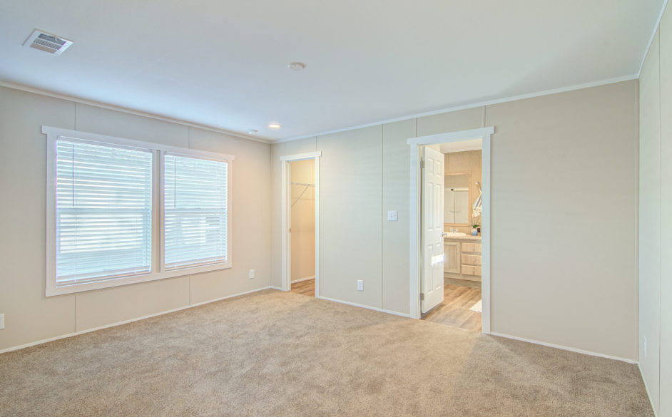 Silver spur master bedroom 1