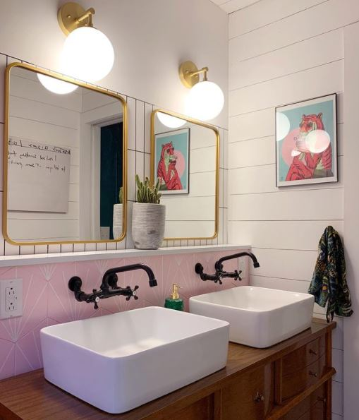 Single wide couple bath