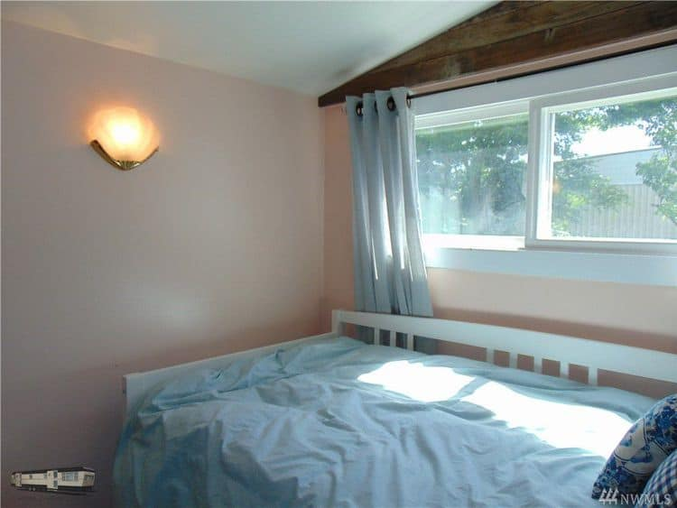 Single wide with addition for sale guest bedroom