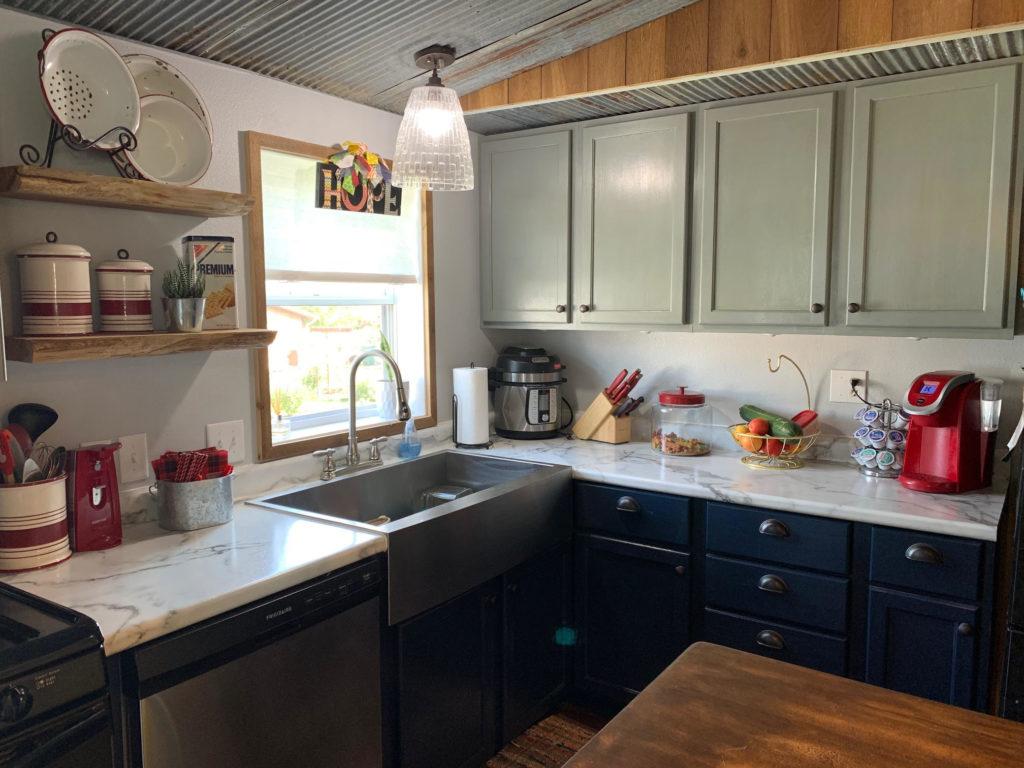 Skyline kitchen