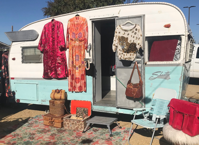 Thrifty chic mobile boutique