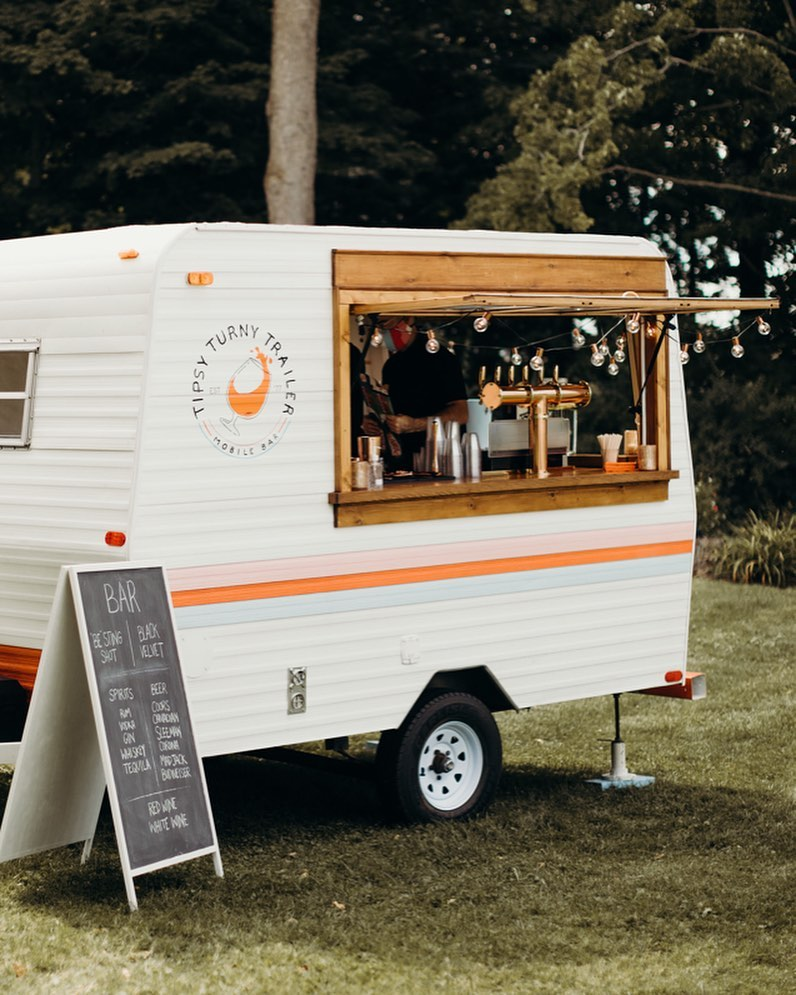 Tipsy turny trailer mobile bar