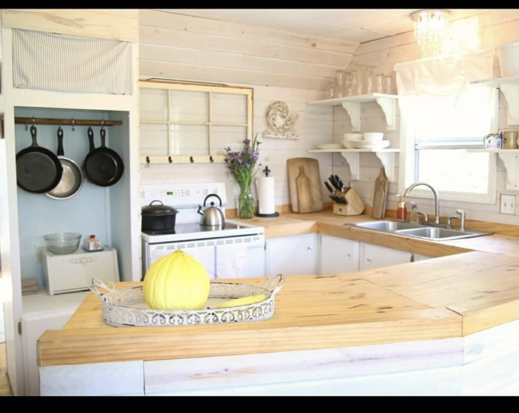 Transformed single wide kitchen counters 2