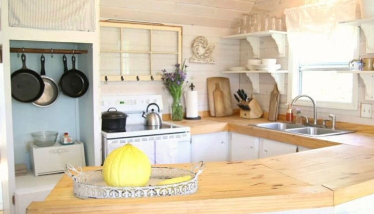 transformed-single-wide-kitchen-counters-4