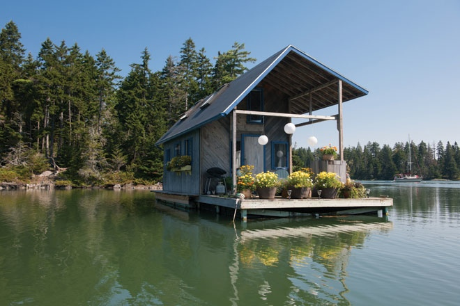 Unusual tiny  homes floating exterior