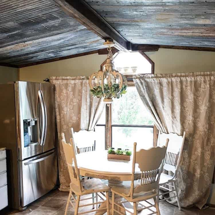 10 Most Popular Materials to Replace Your Mobile Home Ceiling 8
