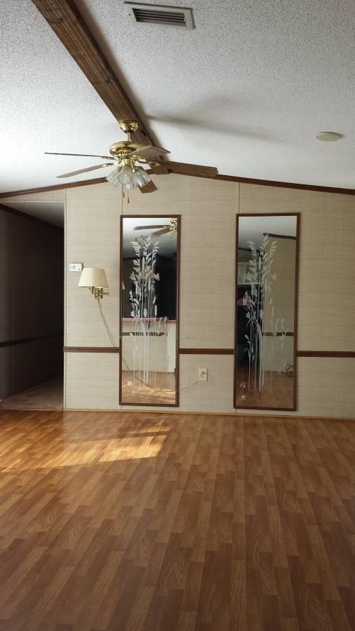 Va Single Wide Living Room