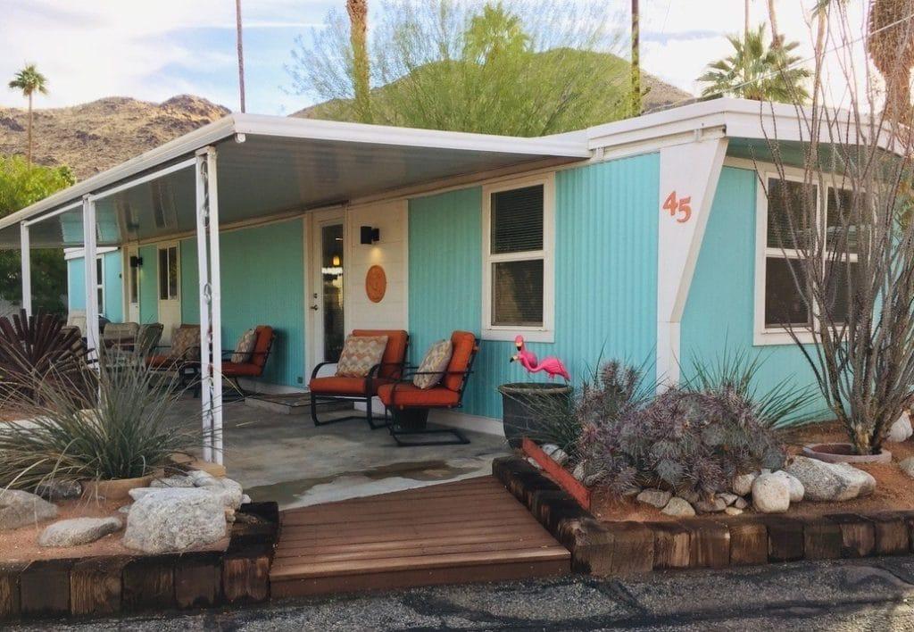 1968 vintage mobile home exterior