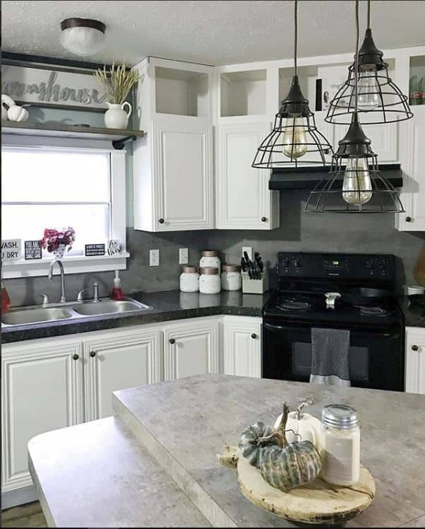 White kitchen farmhouse cabinets