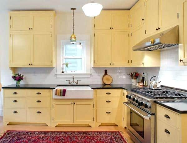 yellow kitchen cabinets- best mobile home kitchen cabinet colors