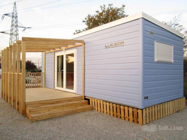 21 concept manufactured home with modern porch design