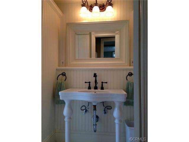 2nd bathroom after manufactured home remodel