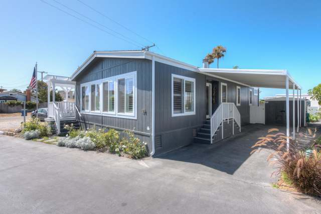 1988 Skyline Double Wide - Complete remodel - Manufactured Home Interior Design - Exterior After Complete Remodel 2