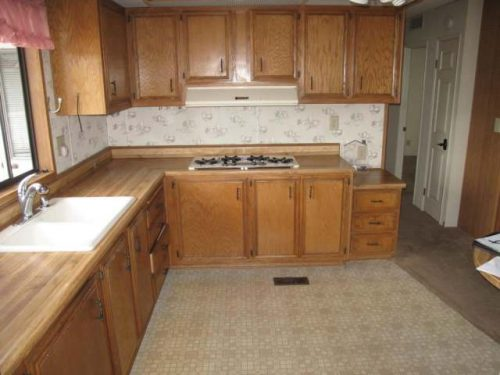 1988 Skyline Double Wide - Complete remodel - Manufactured Home Interior Design -Before Double Wide Kitchen Remodel 2