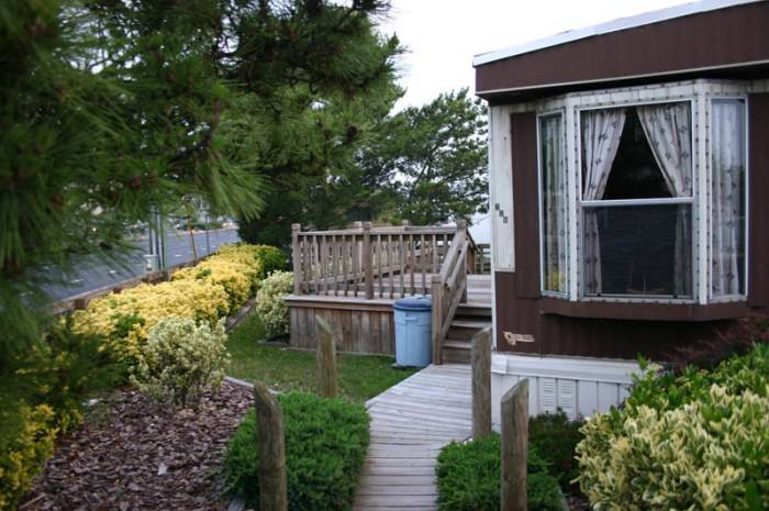 manufactured home porch designs-40 single wide mobile home decking design ideas