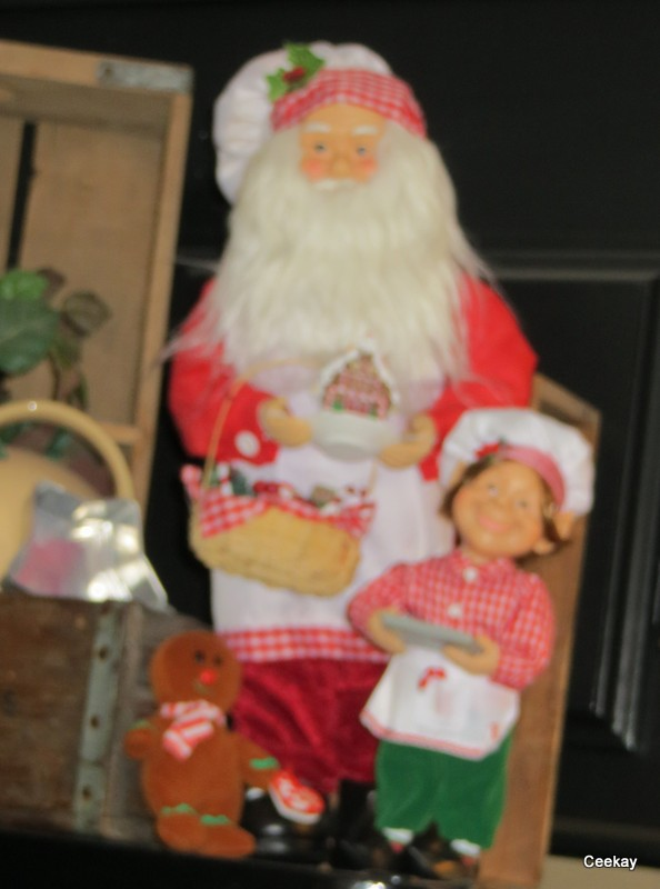 Manufactured Home Holiday Decor Ideas -Living room decorated for Christmas - Santa Display