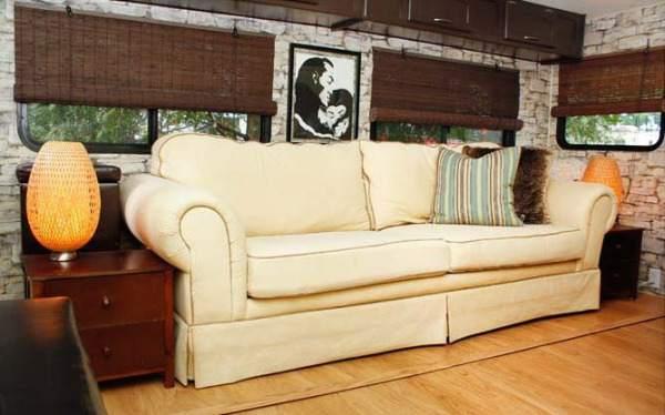5th wheel camper makeover - sofa
