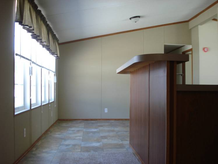 Make Low Ceilings Appear Higher in Mobile Homes