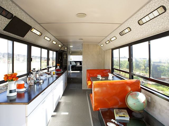 vintage buses-Abandoned Bus Remodeled into beautiful mobile home- Interior