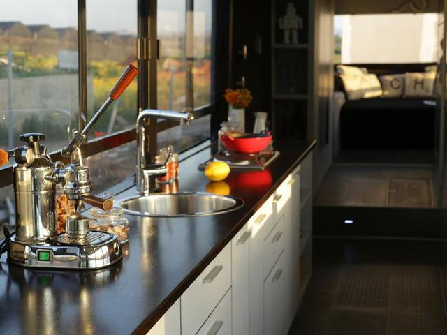 vintage buses-Abondoned Bus Remodeled into beautiful mobile home - Kitchen Counter Top