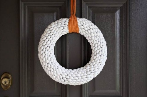 Acorn wreath - diy fall decorating ideas