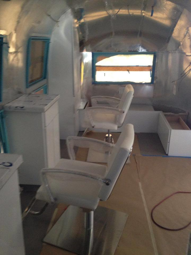 Airstream Remodeled into a Salon (14)