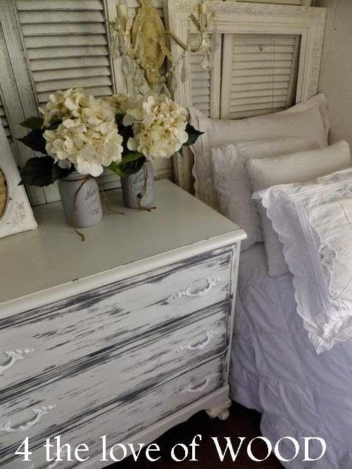 amazing-mobile-home-interior-mobile-home-decor-white-bedroom-1