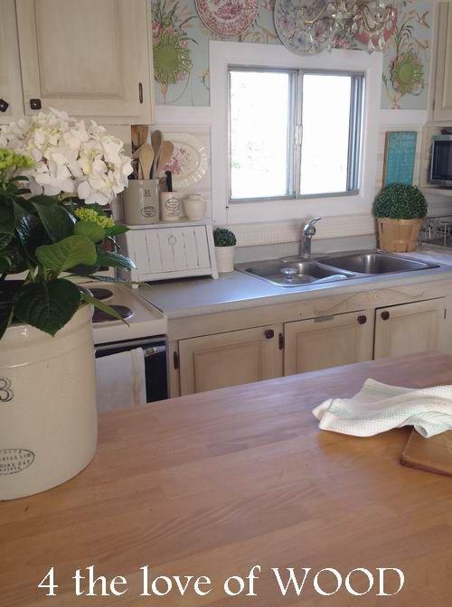 Amazing-mobile-home-interior-mobile-home-kitchen-decor-kitchen-2