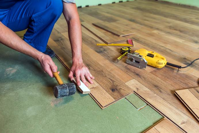 Ask an Expert Questions about Replacing Floors in Mobile Homes - installing laminate flooring - installing laminate flooring in a mobile home