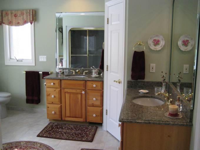 Bathroom 4 - Before Remodel