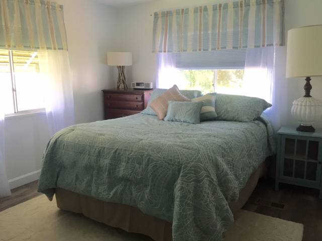 Beautiful $15,000 Single Wide Manufactured Home - bedroom after makeover 2