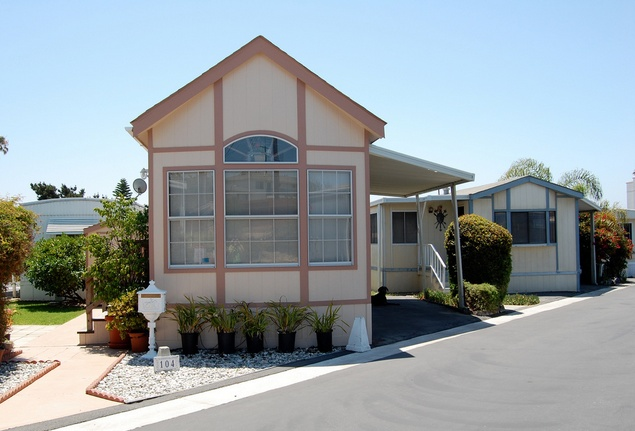 30 Great Mobile Home Exterior Ideas(15)