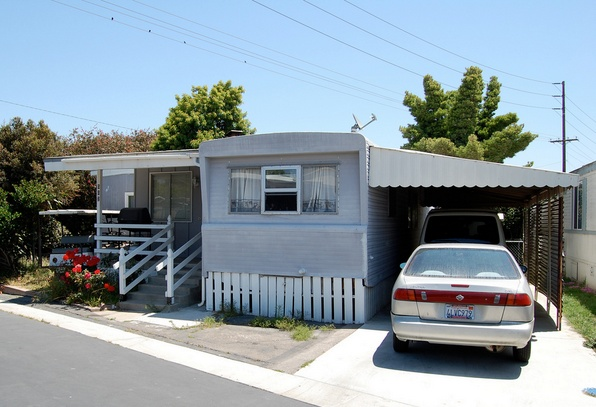 30 Great Mobile Home Exterior Ideas (30)
