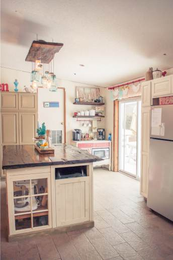 Beautiful Manufactured Home Decorating Ideas - Kitchen 3