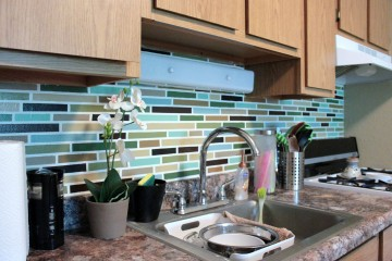Beautiful Painted Back Splash DIY Project (3)