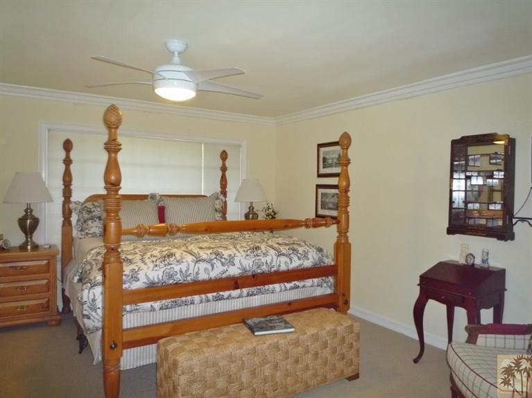 Beautiful double wide decor - bedroom 2
