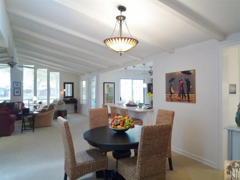 Beautiful double wide decor - living area