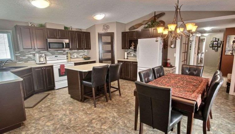 Canadian Mobile Home - 20 foot wide single section homes - Kitchen