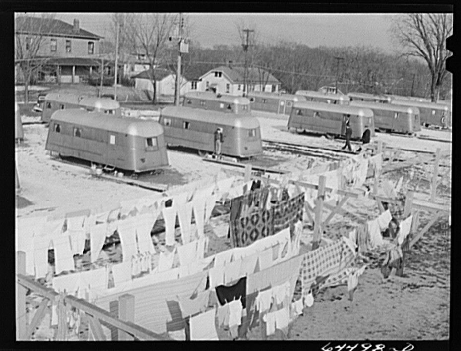 Burlington, Iowa-Acres unit FSA trailer camp for workers at Burlington ordnance plant feb 1942