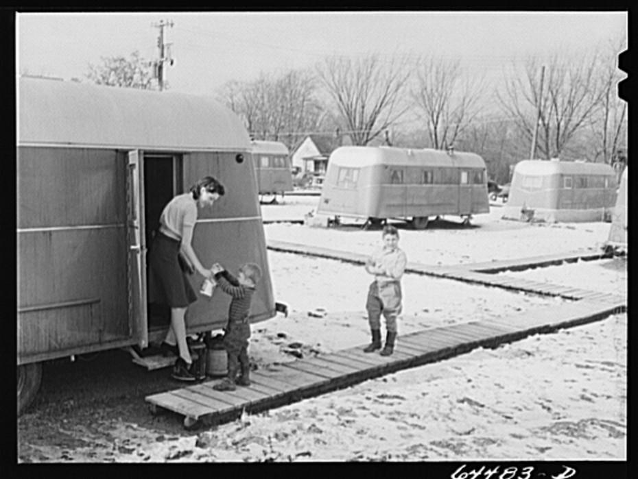 Burlington iowa. Acres unit, fsa trailer camp for workers at burlington ordnance plant feb 1942