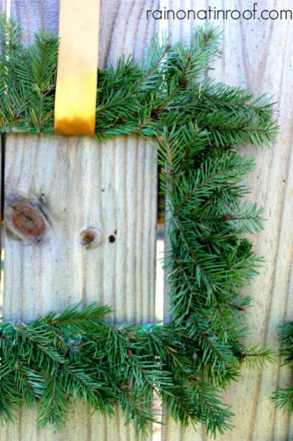 Christmas-Ideas = picture frame wreath