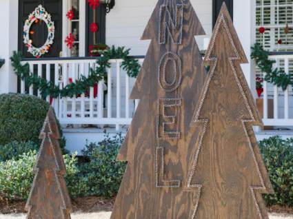 Christmas Tree made of wood with Nail head design - Cheap DIY Christmas Decorations