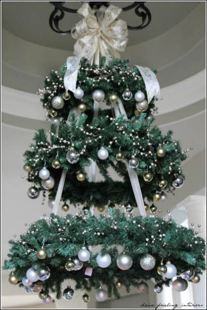 christmas tree made from hanging wreaths cheap diy christmas decor - Christmas Tree Cheap