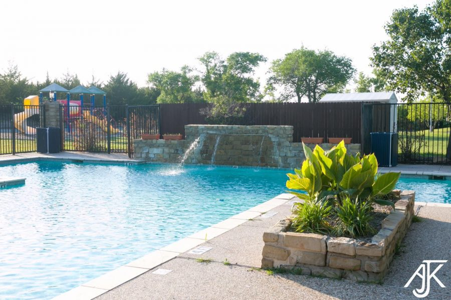 Community Living - What to Expect from a Mobile Home Community - pool