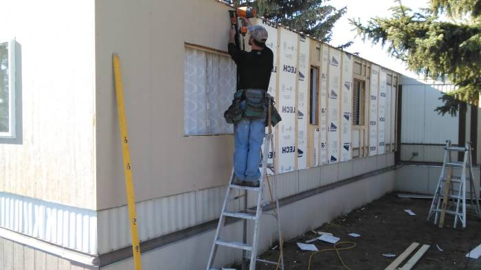 1979 single wide remodel - -installing new siding on mobile home