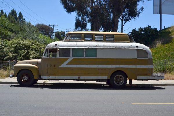 vintage buses-Cosmic Collider Vintage Bus Remodel Exterior