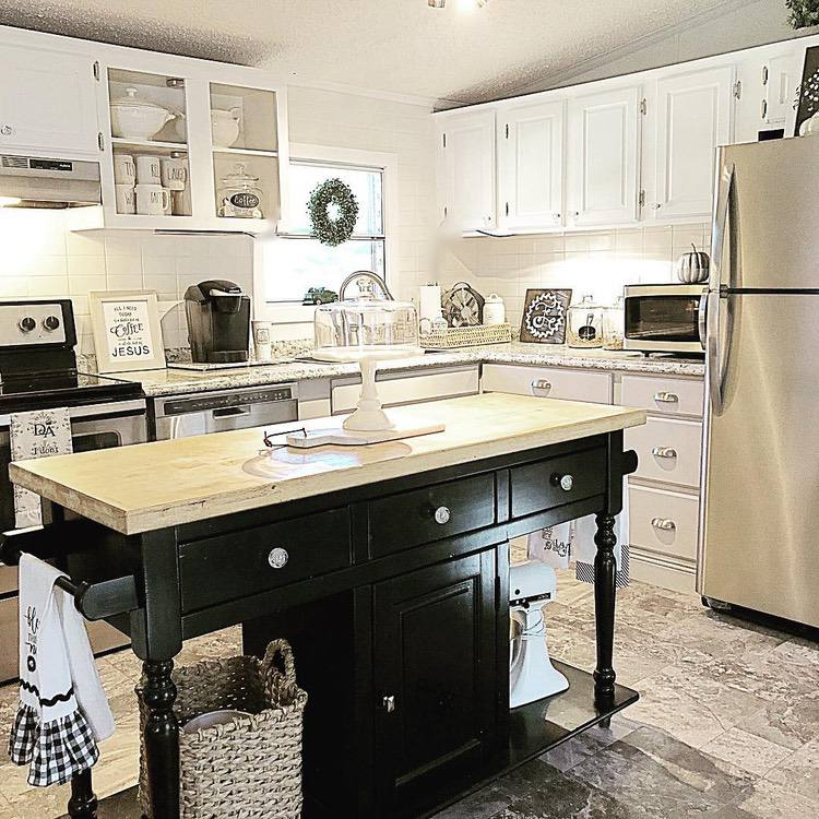 Country style kitchen island and farmhouse kitchen sink in mobile home