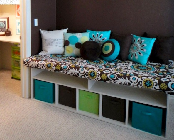 Creating Storage in a Mobile Home with a Window Seat - creating window seat from bookcases